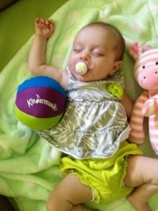 Photo-Kindermusik-Baby-Sleeping-Chimeball